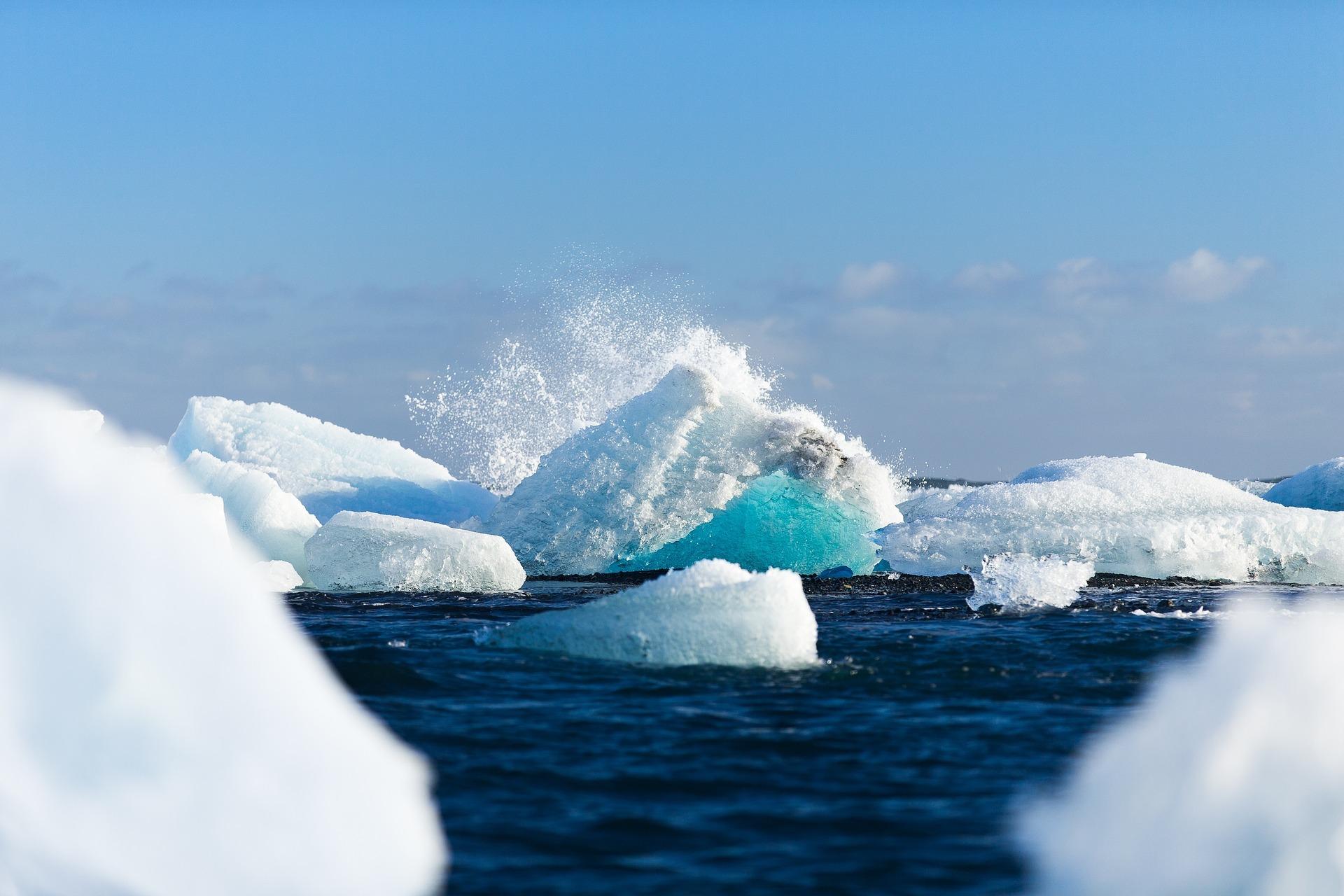 Autonomous technology exploring Antarctica's Ocean