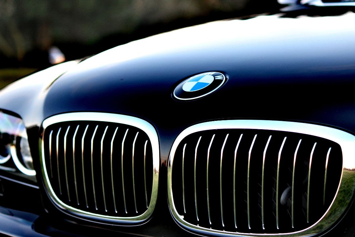 BMW Want To Replace The Steering Wheel With Joysticks